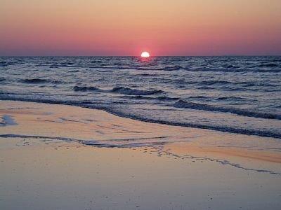 Beach Is Walking Distance Away Wake Up Early To Watch The Beautiful Sunrise