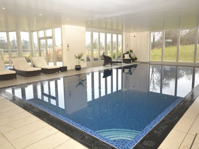 The shared on-site leisure facilities include an indoor pool