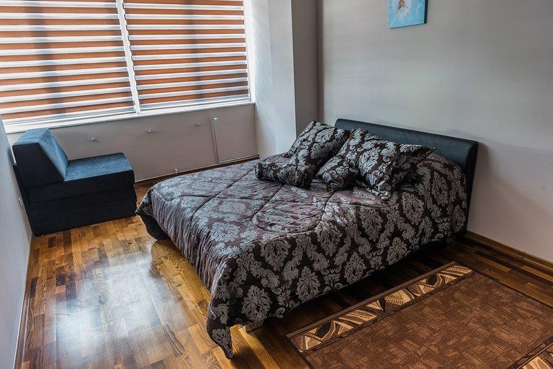 Zimmer in der Suite Donna, alquiler vacacional en Bihac