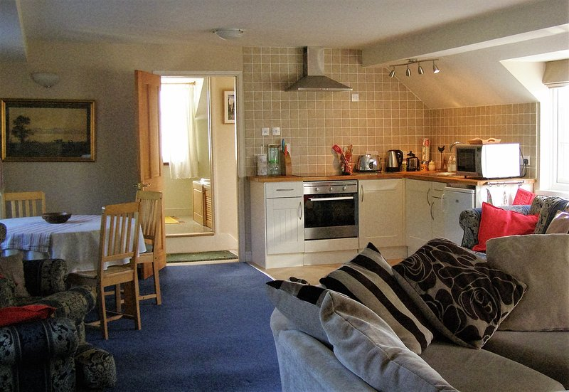 Kitchen / dining / living room - double aspect & space for 2 single beds