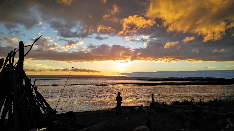 Stunning sunsets await at this waterfront Stanwood vacation rental getaway!