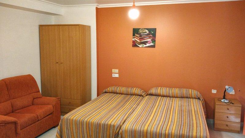 Apartamento 12, holiday rental in Ferrol