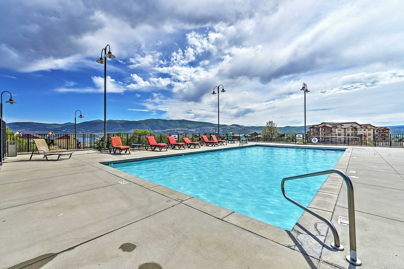 Elevate your Heber City experience when you stay in this beautiful condo!