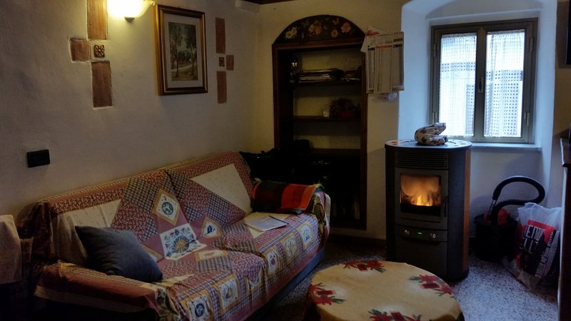 Little House Cinque Terre, holiday rental in Rocchetta di Vara