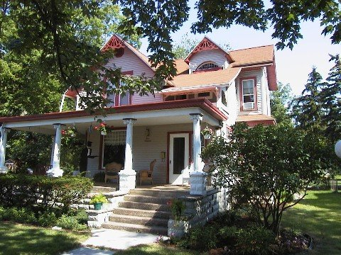 Victorian Vacation Rental Battenberg Inn, aluguéis de temporada em Lacarne