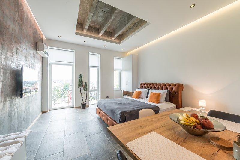 Apartment 08