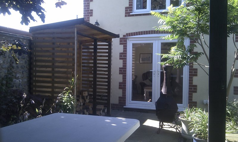 Wood store and patio doors