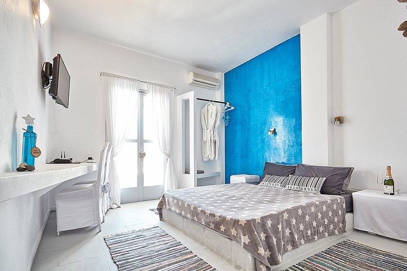 GREEK GODDESS SPICY PAPAYA, vacation rental in Perissa