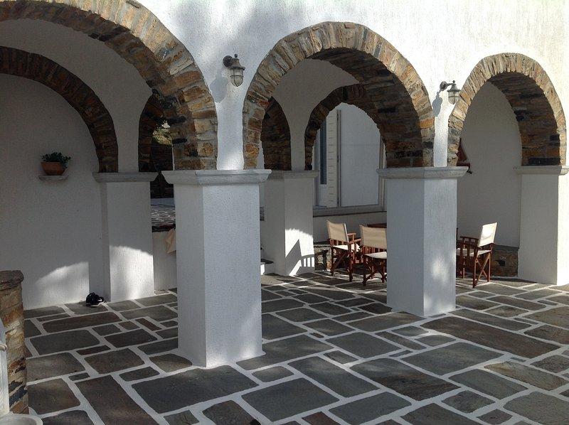 Villa Maria in Tinos - Isa House, alquiler de vacaciones en Kionia