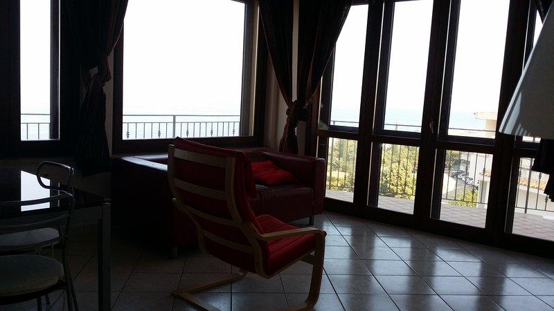 Appartamento di grande charme, vacation rental in Montepaone Lido