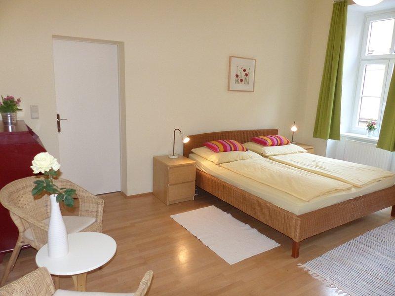 κρεβάτι και σαλόνι