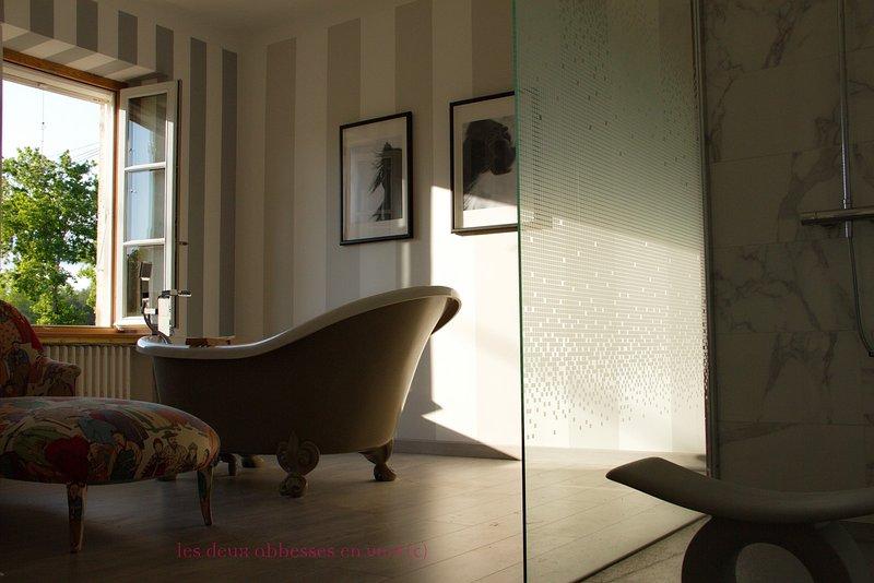 Les 2 Abbesses en Vert | La Grande Maison Rental, vacation rental in Mareuil