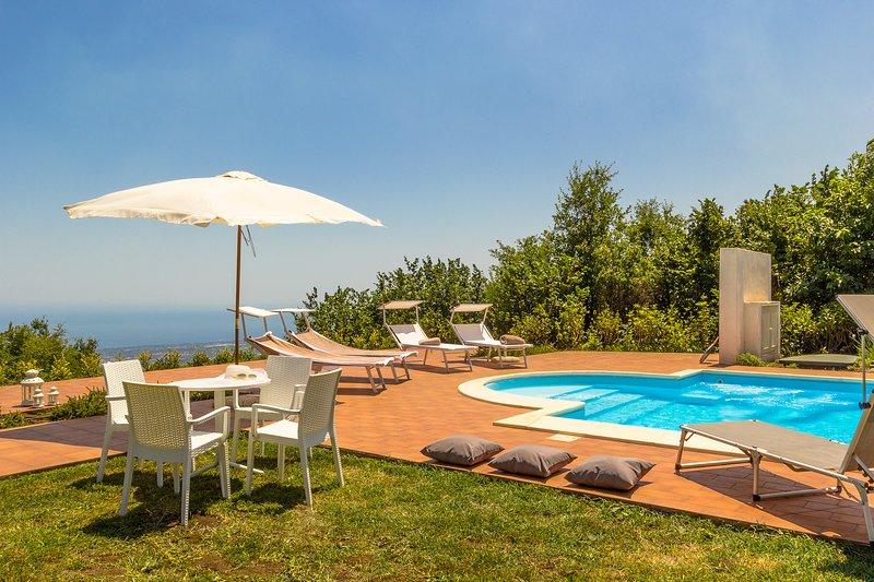 VILLA LE VIGNOBLE - Charming Maison, location de vacances à Mascali