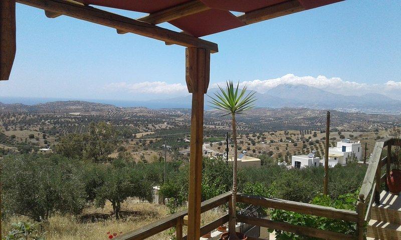 ALONAKI, holiday rental in Listaros
