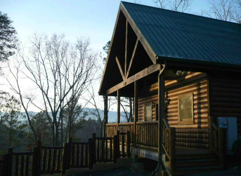 Adohi Lodge - Perfect for Honeymoon, Anniversary or Romantic Getway , gated, 100% private hot tub