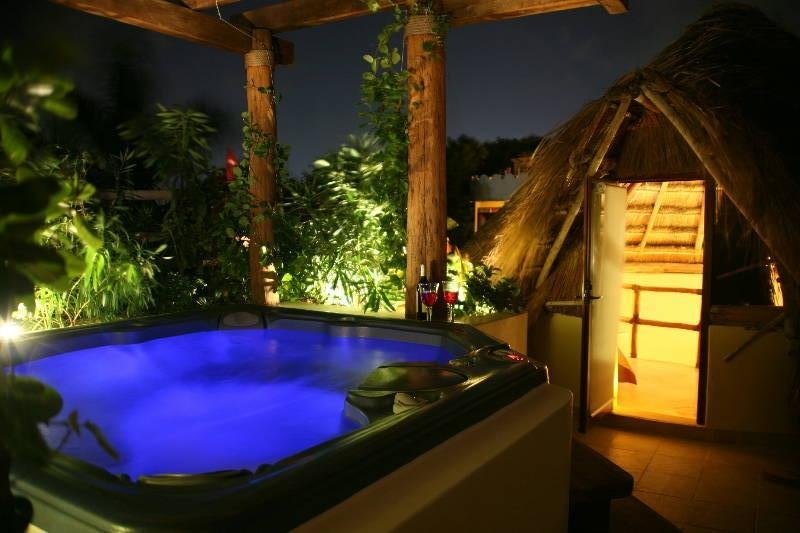 Jacuzzi on the roof top