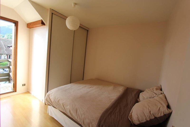 Δωμάτιο με θέα το μπαλκόνι