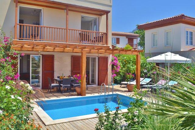 3 Bedroom Villa with pool