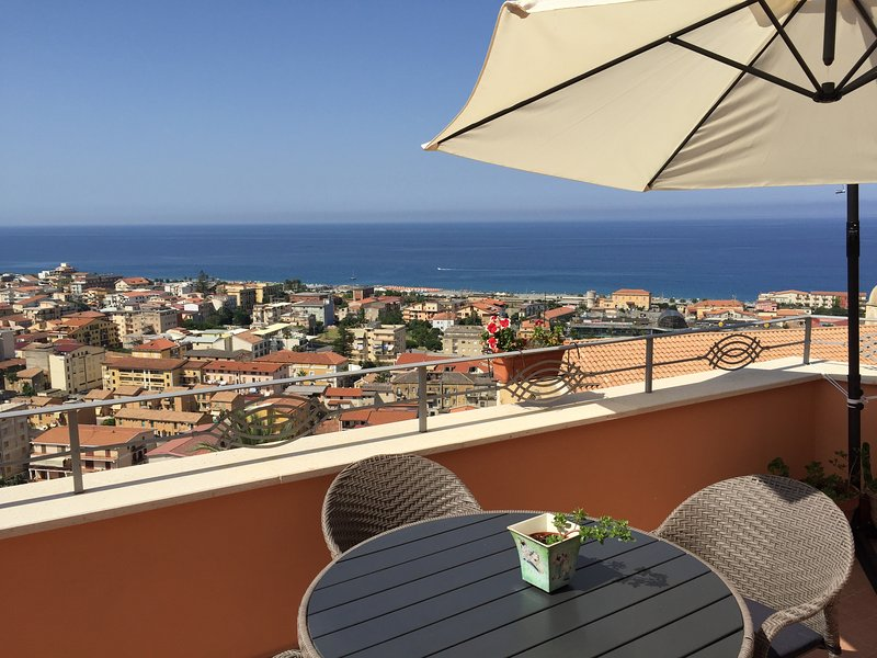 Alla chiazzetta beb, vacation rental in Belmonte Calabro