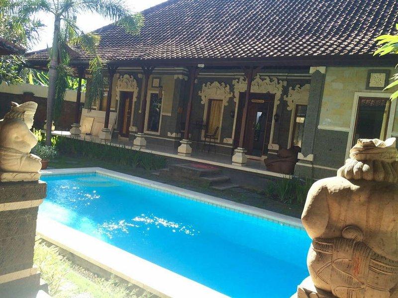 Bereich Pool und Garten