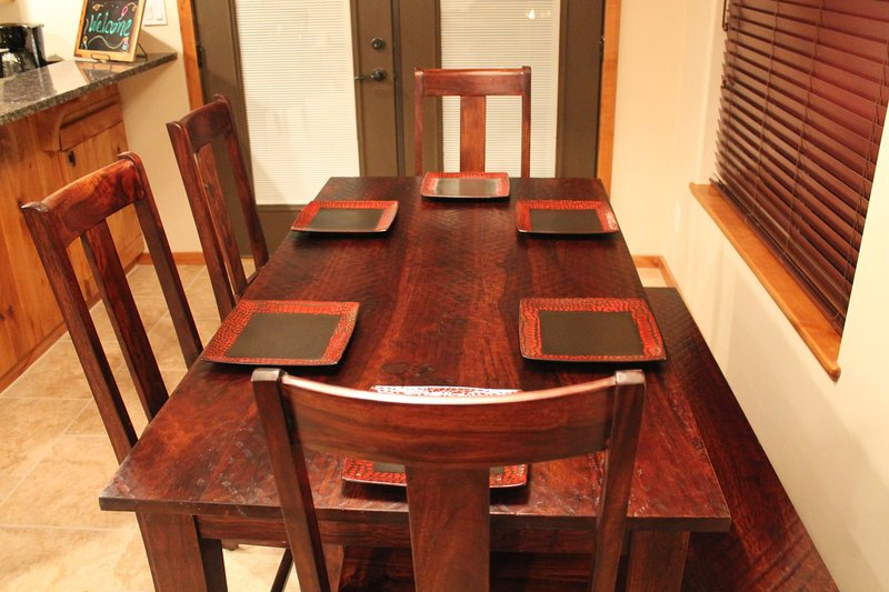 DINING ROOM TABLE - SEATING FOR 6 - PLUS MORE AT THE BAR