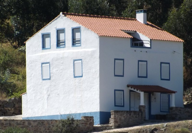 Casa do Rio- River House in Barca da Amieira, holiday rental in Alvaiade