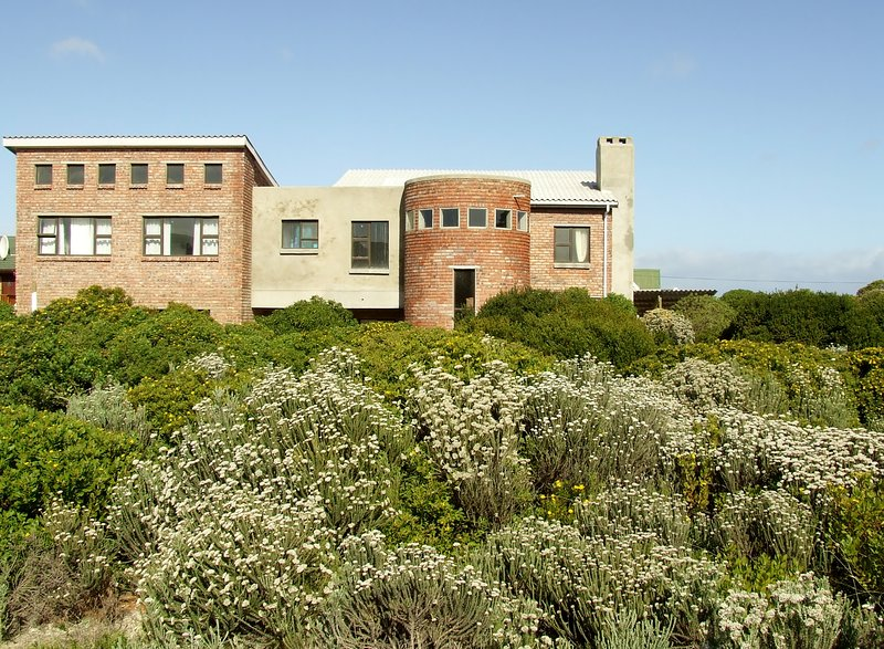 The Southern Beach House 5 km from the most southern tip of Africa