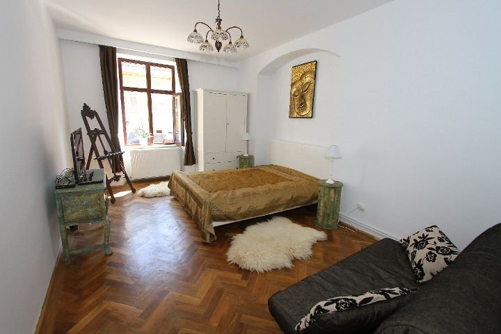 Versus Art Studio, vacation rental in Brasov