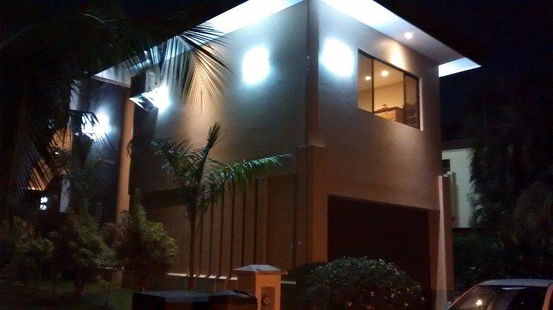 Ponchos Hideaway - Full Villa, location de vacances à Playa Hermosa
