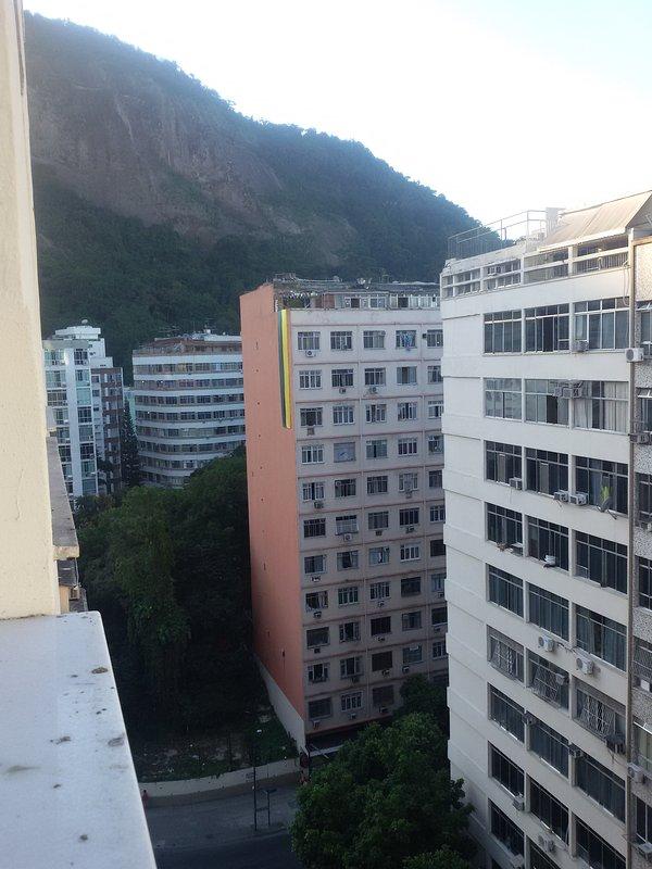 La montaña y del VERDE / VISTA MONTANHA e verde