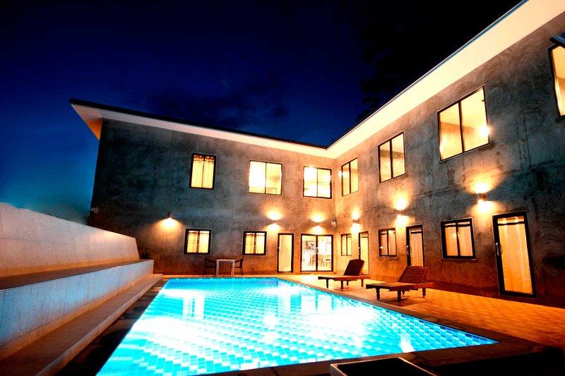 Aonang Lodge, vacation rental in Railay Beach