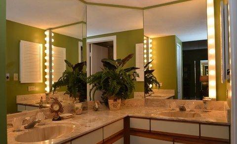 Sink, Bathroom, Indoors, Room, Furniture