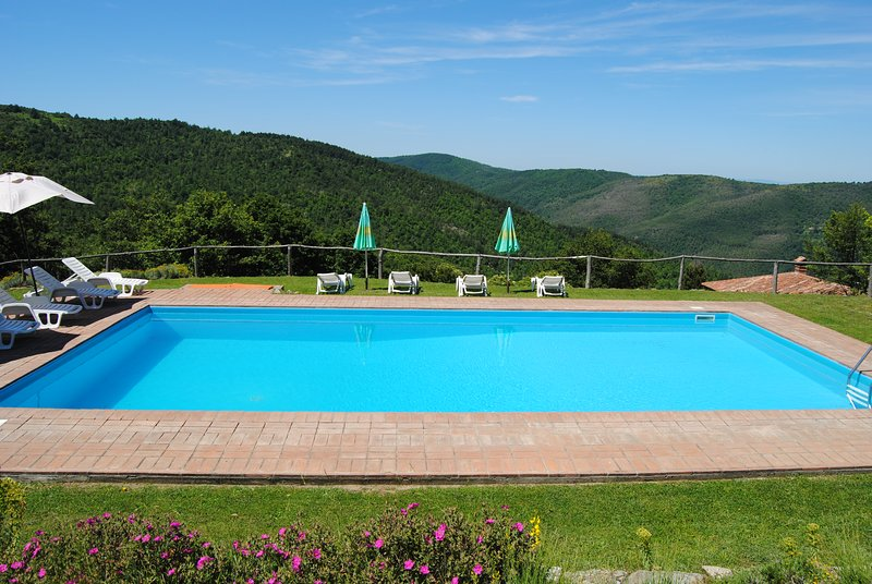 Villa il Corso with its marvellous panoramic swimming pool
