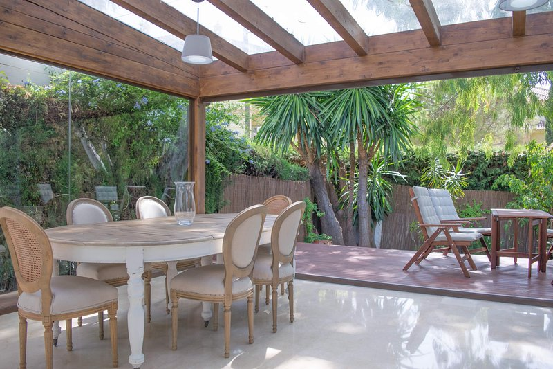 BEAUTIFUL HOUSE, PERFECT FOR GOLFERS, MARBELLA, holiday rental in Nueva Andalucia