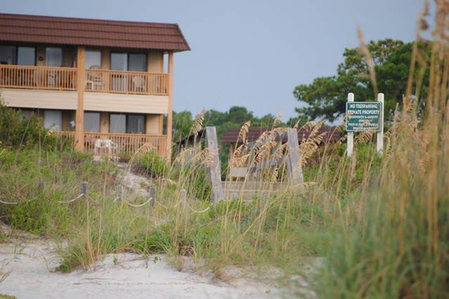 2nd Floor Oceanfront - direct beach access