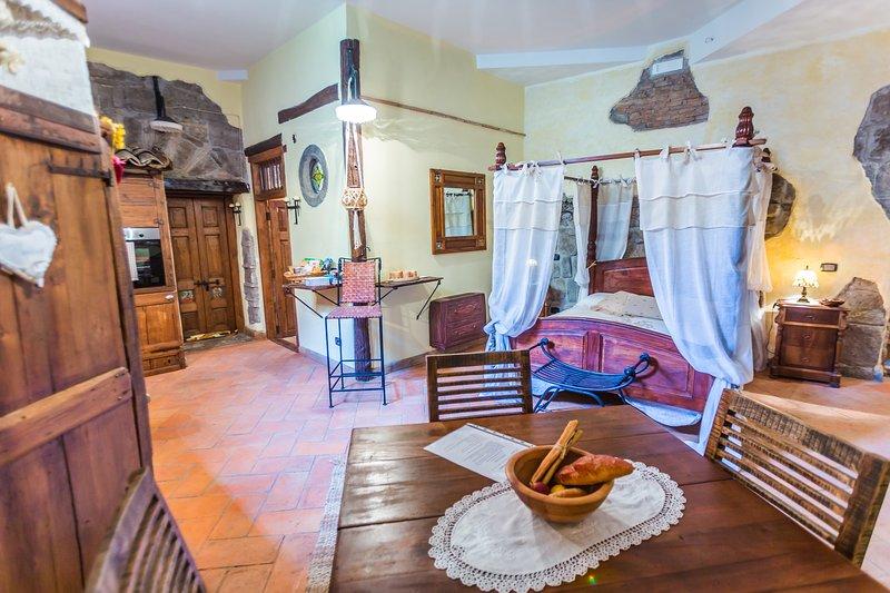 Frantoro Monolocale caratteristico nel quartiere medioevale, casa vacanza a San Martino al Cimino