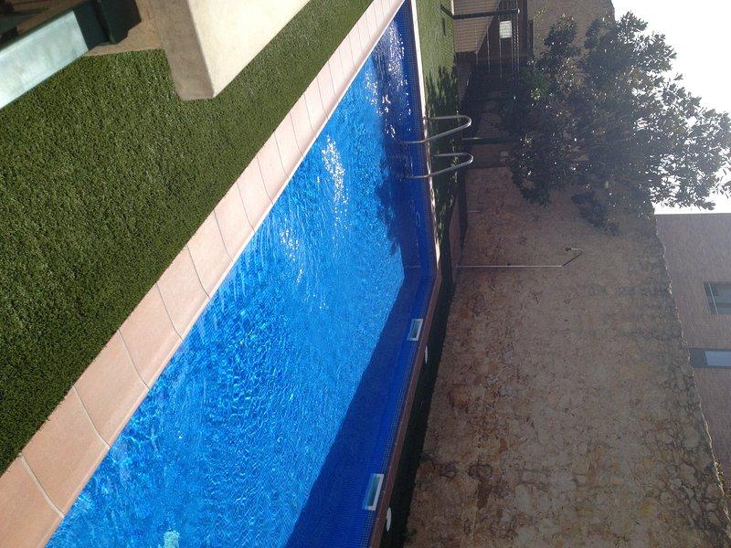 Apartamento con piscina en Palafrugell. Costa Brava, holiday rental in Mont-ras