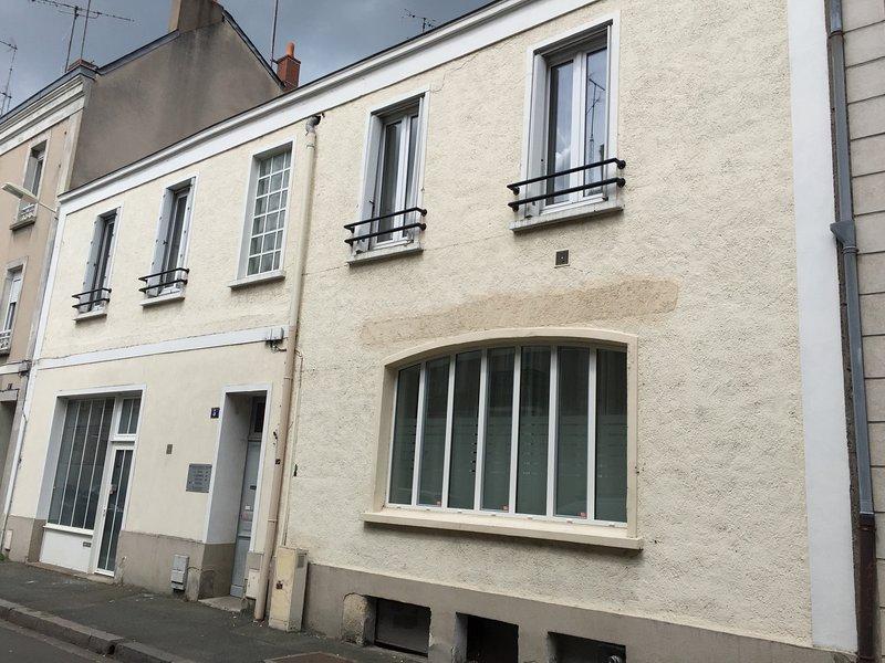 Appartement SuitLoft 160 m² 8/10 couchages, location de vacances à Briollay