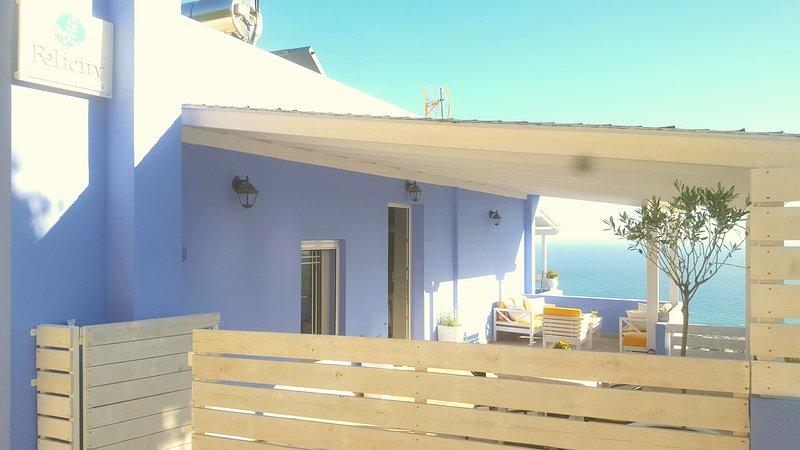 felicity apartments, holiday rental in Agios Vasileios Municipality