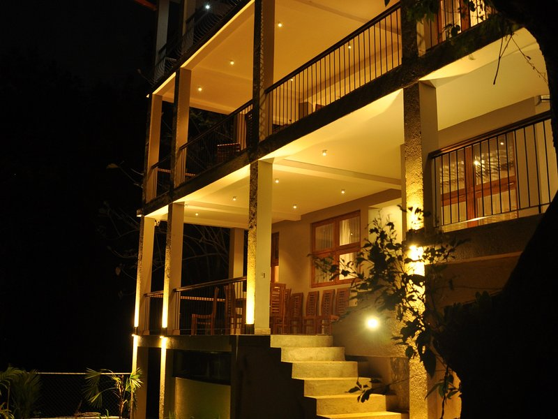 Våra terrasser RIVER FRONT
