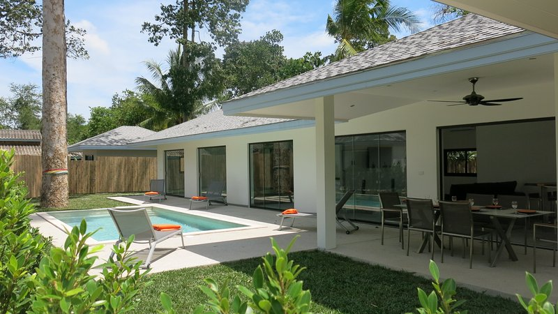 Maprao Villa-4 :4 chb, pool privee, 1 km de la mer, holiday rental in Mae Nam