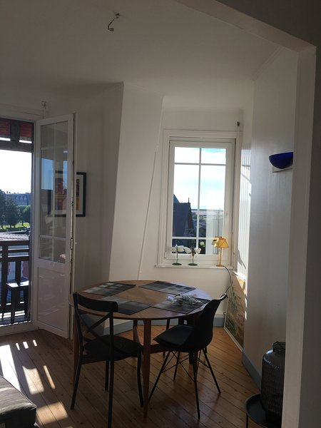 Rare-Deauville Vue Mer, vacation rental in Tourgeville