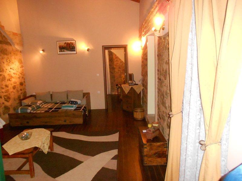 JASON'S  STONE HOUSE, holiday rental in Agios Matthaios