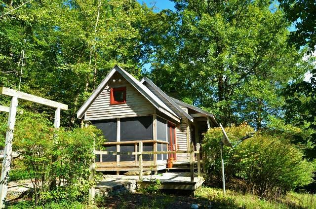 Pond House - The perfect getaway, vacation rental in Fairview