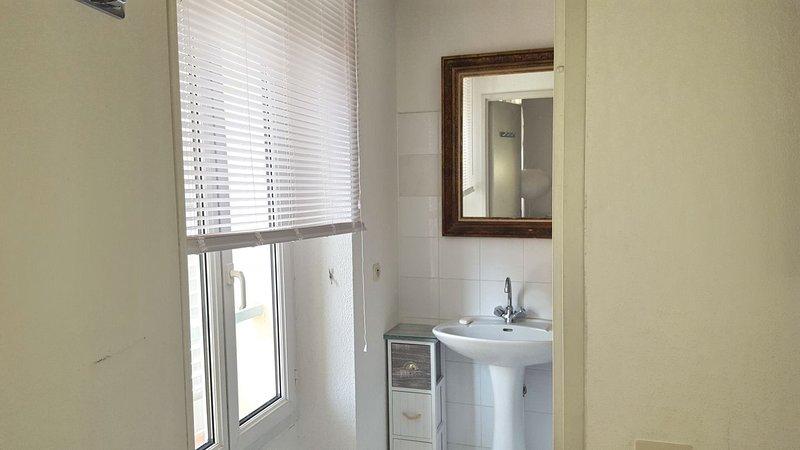 Baño en la habitación del dormitorio 1 (WC separado)