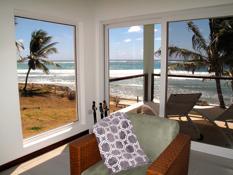 The View - Lower Deck, holiday rental in Silver Sands