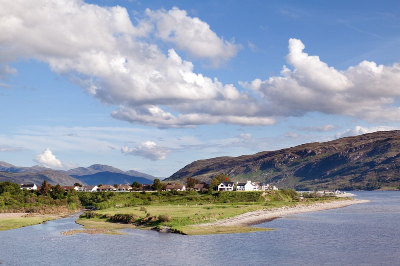 Ealasaid from Ullapool River