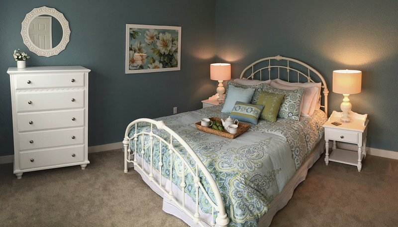 Gorgeous queen bed