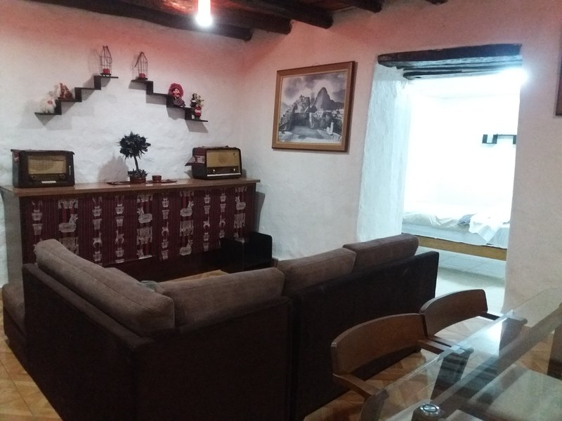 Casa Colonial Privada en el Centro Histórico - Cus, vacation rental in Cusco
