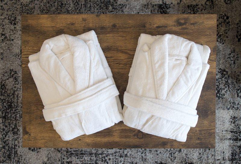 roupões de banho fornecidos para todos os hóspedes